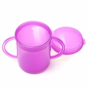 Cup with handles and a recessed lid